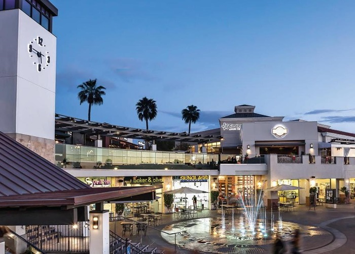 01b240ad7bd Del Mar Highlands Town Center - The Official Travel Resource for the San  Diego Region