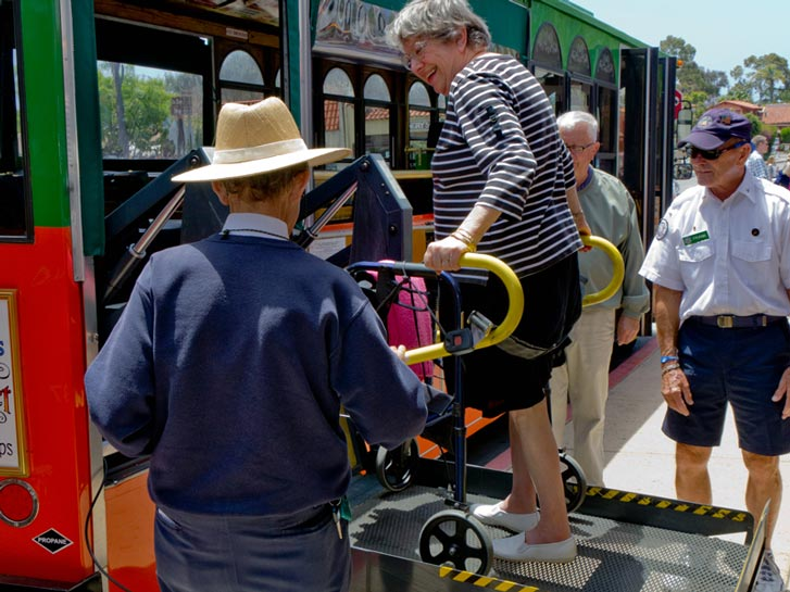 Old Town Trolley Tours Lift - Accessible San Diego