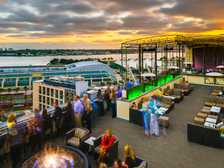 rooftop bars lounges and restaurants in san diego