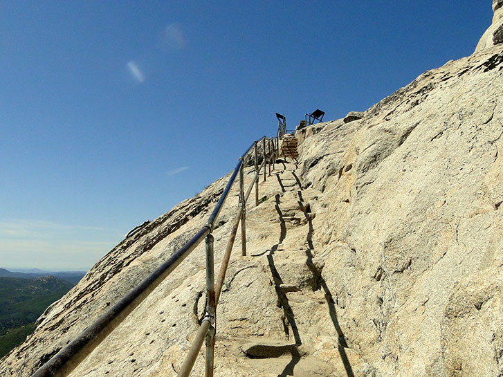 Stonewall Peak - Seven Best Mountain Hikes in San Diego County