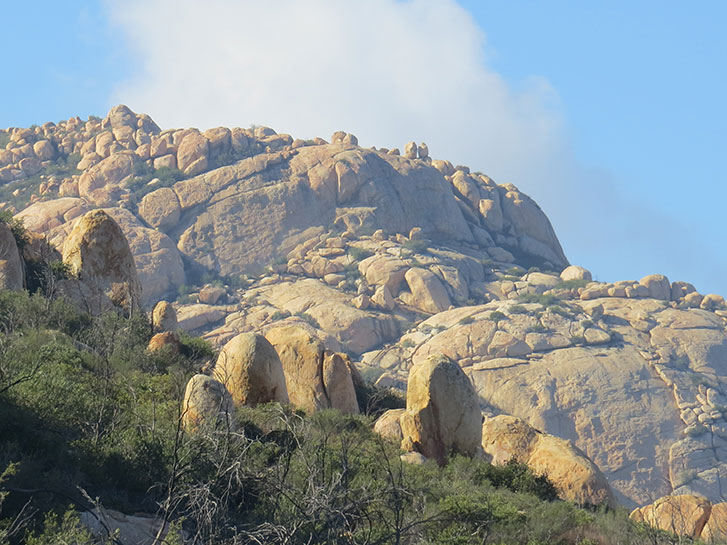 Best Inland Hikes in San Diego County - El Cajon Mountain