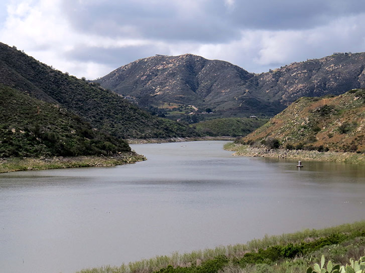 Best Inland Hikes in San Diego County - Lake Hodges