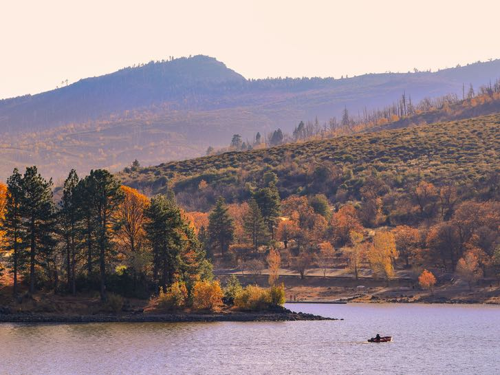 Fall Colors Hike at Lake Cuyamaca