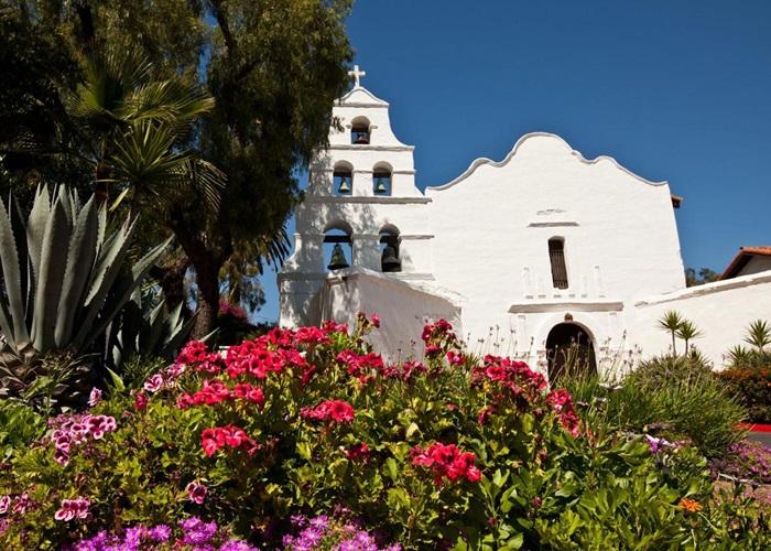 Mission San Diego Christmas Mass Schedule 2021 Visit Mission Basilica San Diego De Alcala California Missions