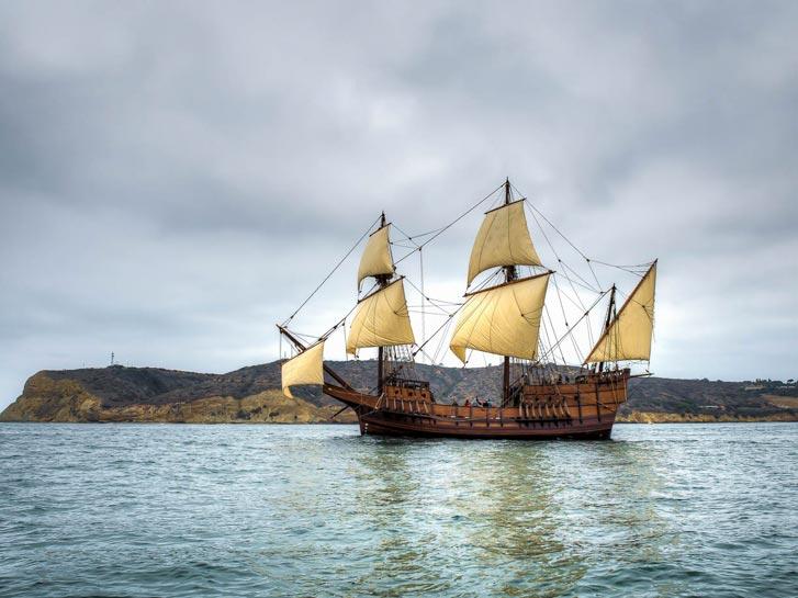 San Salvador Ship