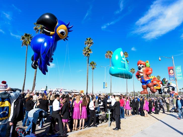 Port Of San Diego Holiday Bowl Parade