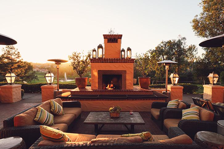 Veranda Fireside Lounge & Restaurant