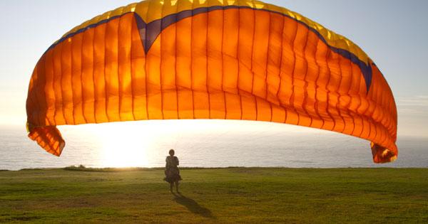 Hang gliding in La Jolla